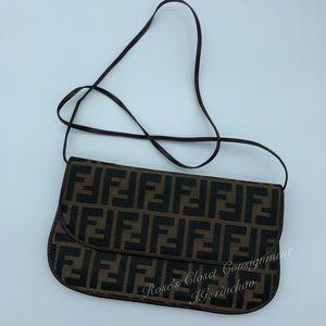 💜Rare💜FENDI Zucca bag/clutch
